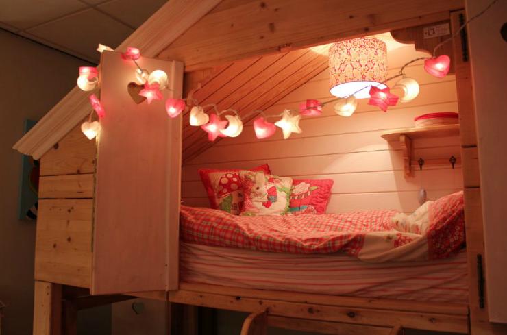dreamligths lichtsnoer lichtslinger roze wit meisje